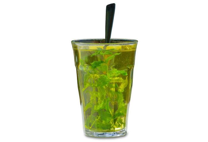 Mátový čaj má příznivé účinky pro naše zdraví