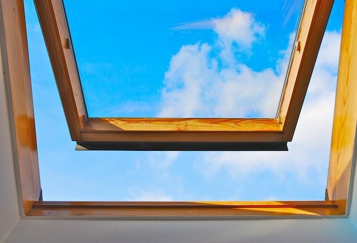 Pravidelná výměna vzduchu v místnosti prospívá nejen našemu zdraví