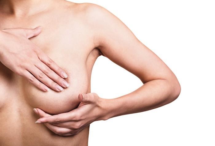 Prsa jsou důležitý znak ženské siluety a podstatným zdrojem ženského sebevědomí