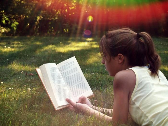 Relax při četbě oblíbené knihy