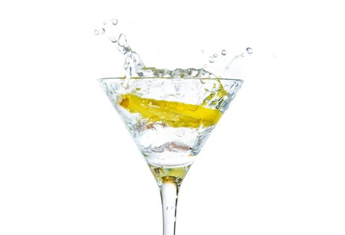 Po náročném večírku Vám citrón pomůže se dostat z kocoviny