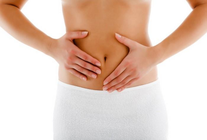 porucha tlustého střeva vede k zácpě, nadýmání a poruše vyprazdňování