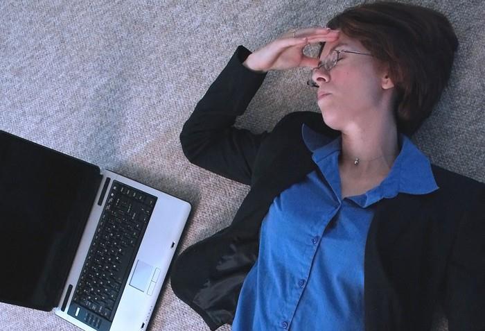 Když se spojí hypochondrie a přístup k internetu, nastává kyberchondrie.