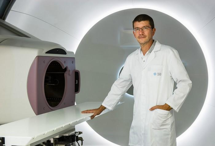 Pan doktor Jiří Kubeš, hlavní lékař protonového centra v Praze